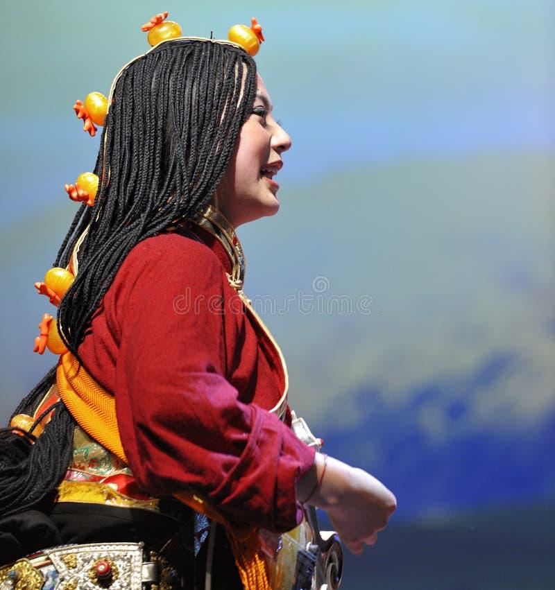 Ballo etnico tibetano immagini stock