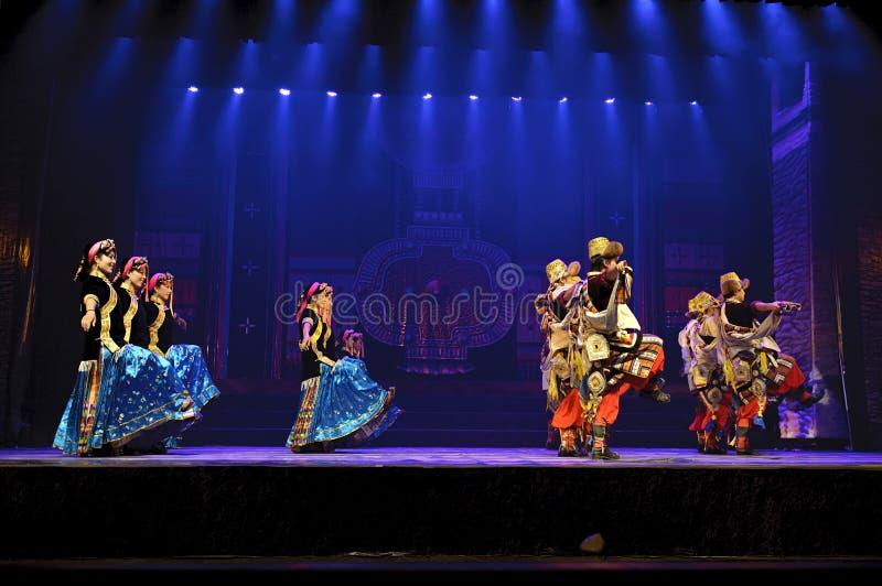 Ballo etnico tibetano cinese fotografia stock libera da diritti