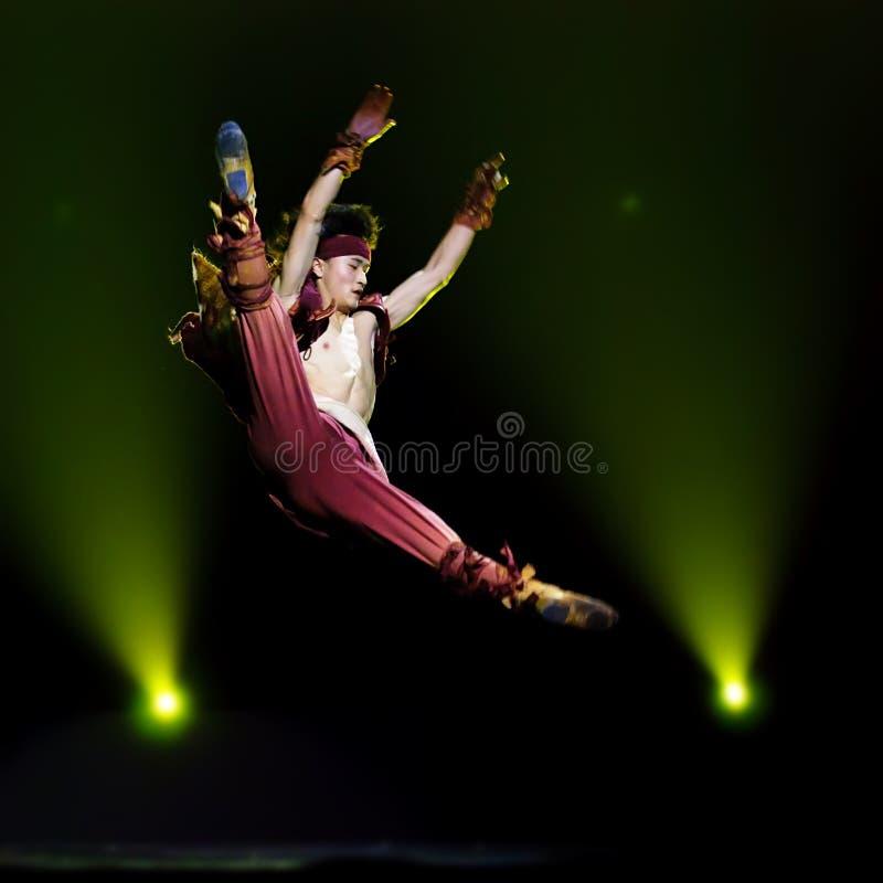 Ballo solo delle gente cinesi   fotografia stock libera da diritti