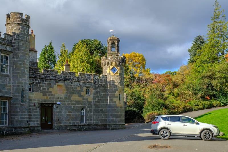 Balloch Grodowy & Zegarowy wierza Szkocja obrazy stock
