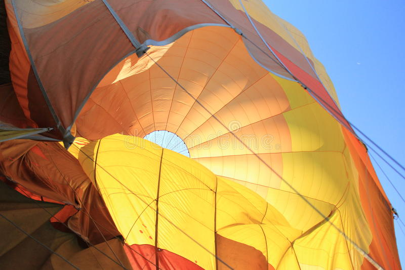 Ballon à air chaud de dégonflement image libre de droits