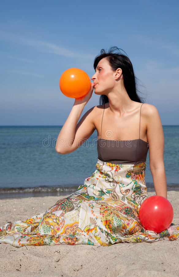 Download Ballon Blow Royalty Free Stock Photography - Image: 9016437