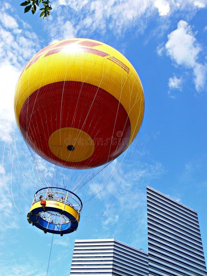 Ballon en hausse d'hélium photo libre de droits