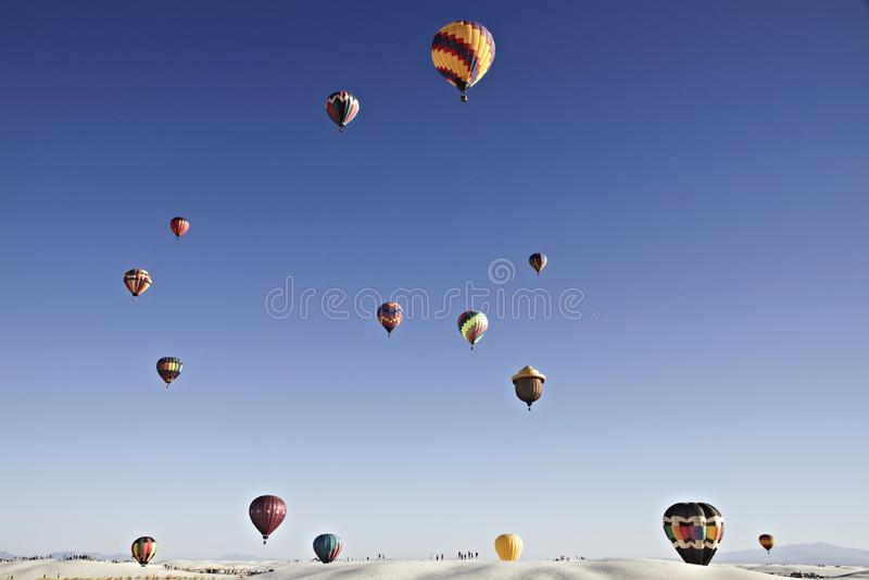 Ballon-Fiesta auf weißem Sand-Nationaldenkmal 2 am 19. September stockfotografie