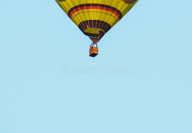 Ballon flyng weg royalty-vrije stock afbeelding