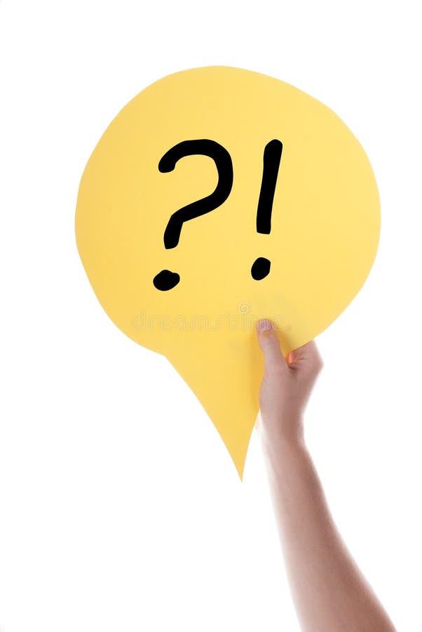 Ballon jaune de la parole avec la question et la marque d'exclamation photos stock