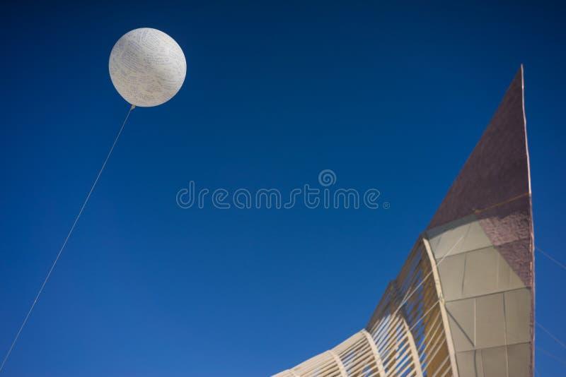 Ballon von Gebeten und von Hoffnung am Tempel des Versprechens stockbild
