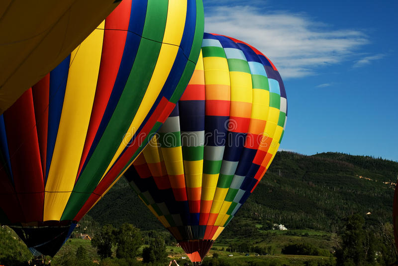 Ballone über Steamboat Springs stockfoto
