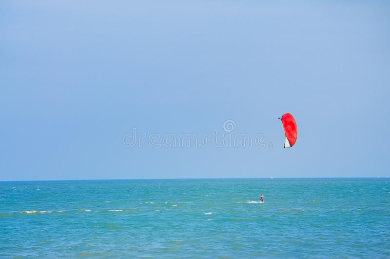 Ballong för varm luft, nautisk skyttel, segelbåt, segling, sport fotografering för bildbyråer
