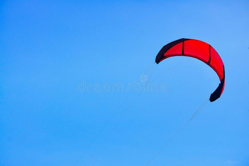 Ballong f?r varm luft, nautisk skyttel, segelb?t, segling, sport royaltyfria foton