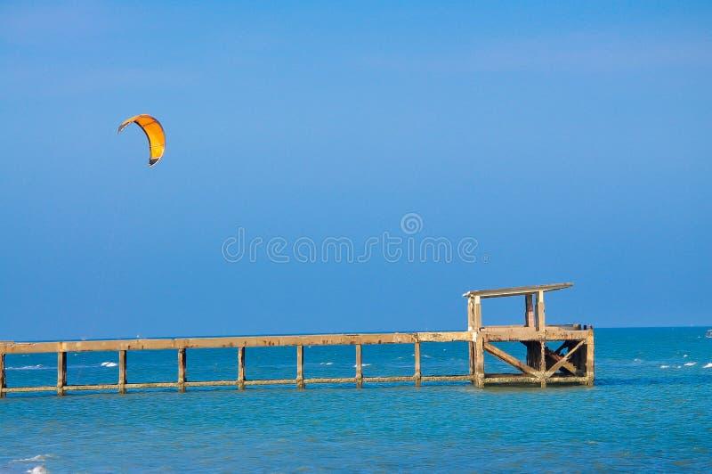 Ballong f?r varm luft, nautisk skyttel, segelb?t, segling, sport arkivfoto