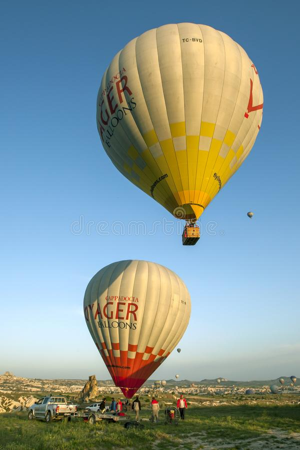 Ballonger f?r varm luft i Turkiet arkivfoton