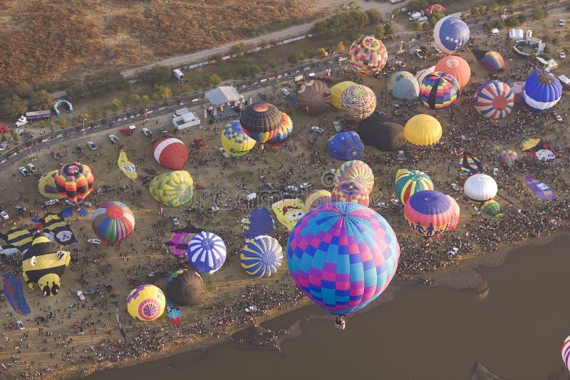 Ballons à air chauds multiples photos stock