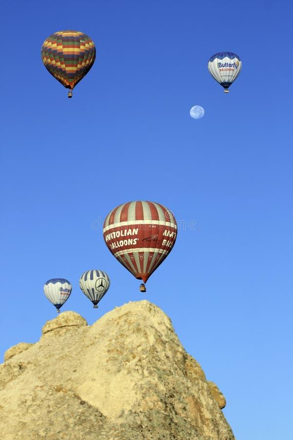 ballons αέρα καυτό φεγγάρι στοκ εικόνες