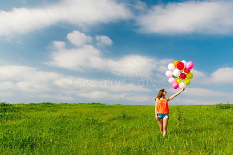 ballons κορίτσι στοκ φωτογραφία με δικαίωμα ελεύθερης χρήσης
