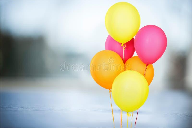 Ballons colorés images libres de droits