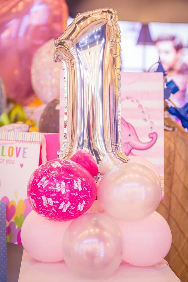 Ballons d'anniversaire photos stock