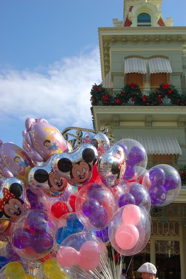 Ballons dans la rue principale, monde Orlando de Disney photographie stock libre de droits