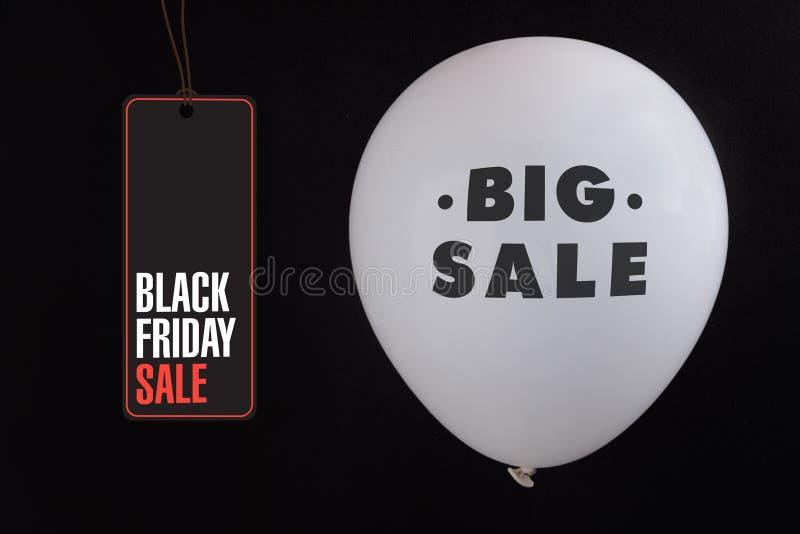 Ballons de blanc de vente de Black Friday images libres de droits