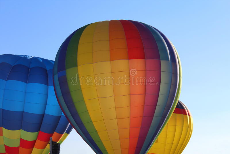 Ballons för varm luft i himlen arkivbild