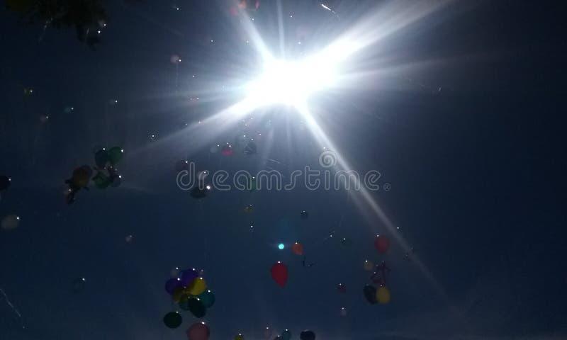 Ballons het drijven royalty-vrije stock afbeeldingen