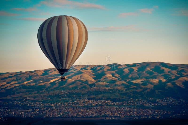 Ballonvlucht stock foto