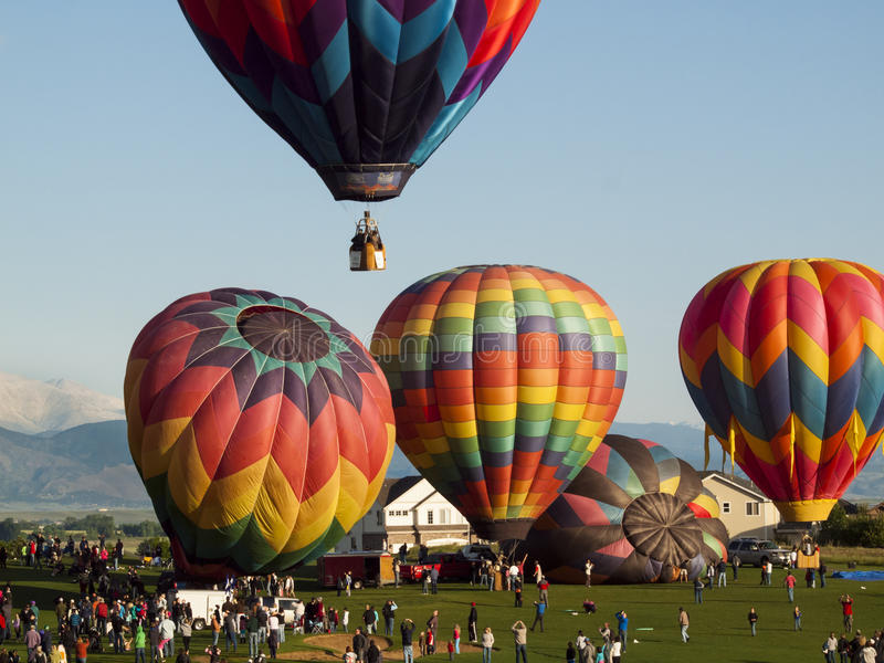Download Balloon Festival editorial image. Image of flying, mountain - 24984615