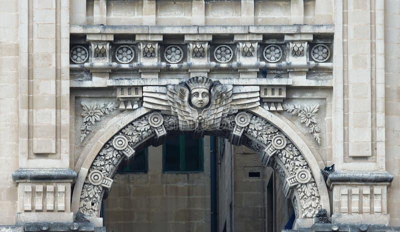 Balluta budynek lokalizować w St Julians Balluta zatoce, «Malta obrazy royalty free