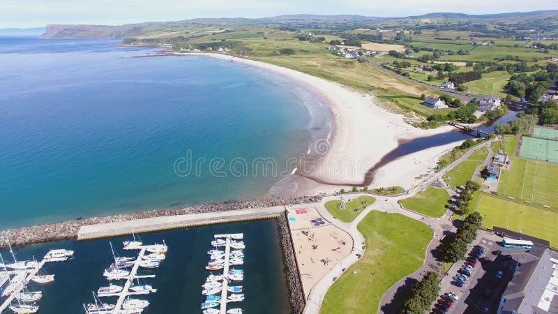 Ballycastle schronienie i Marina, Co Antrim P??nocny - Ireland zdjęcia royalty free