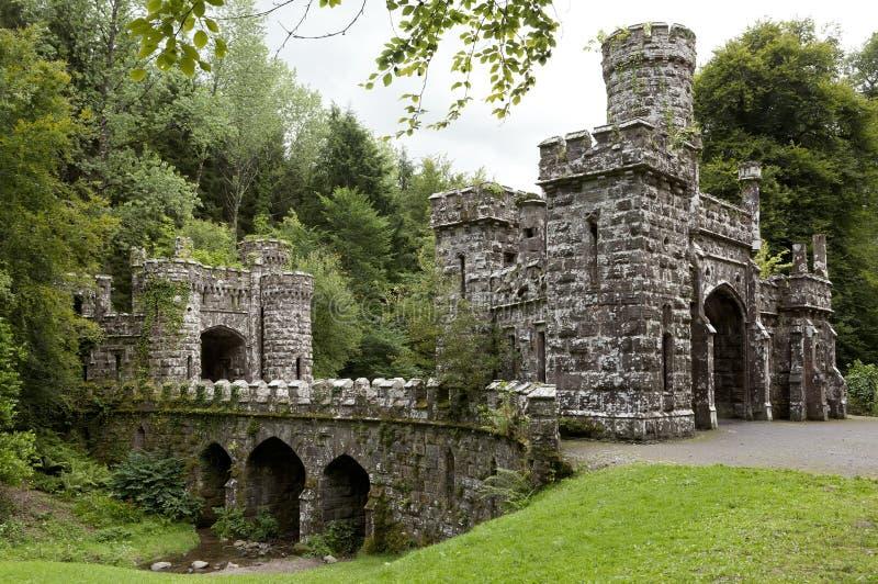 Ballysaggartmore塔和入口在沃特福德在爱尔兰欧洲 免版税图库摄影