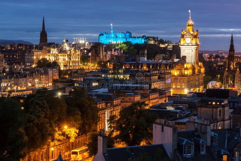 balmoral był może target1369_0_ katedralnych dugald Edinburgh giles wzgórza opuszczać pomnikowy pentland dobro widzieć linia hory obrazy royalty free