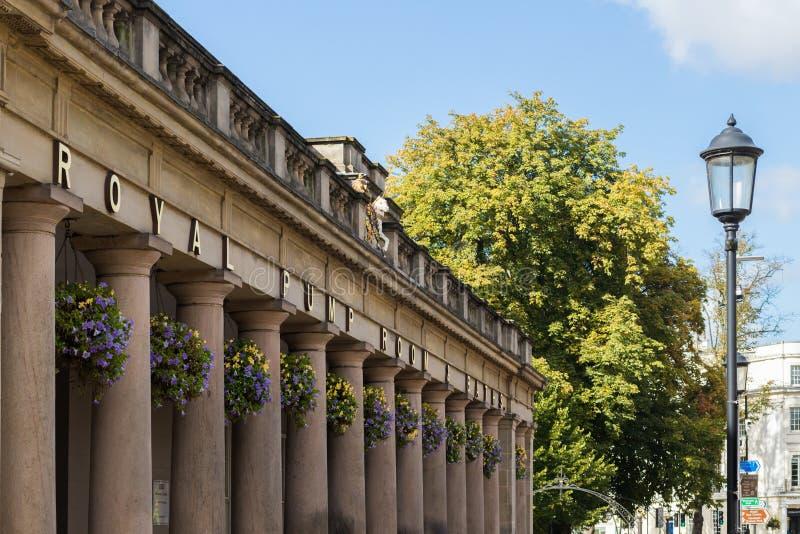 Balneario real de Leamington de los cuartos de bomba foto de archivo