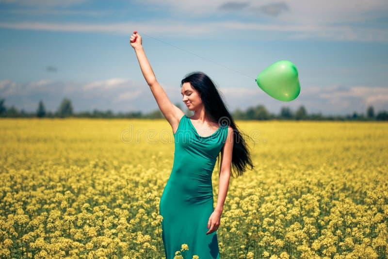 balonowa piękna kobieta obrazy stock