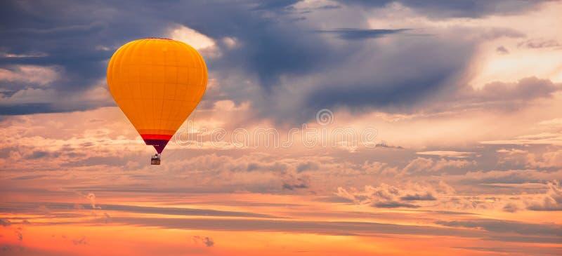 Baloon de aire caliente imagen de archivo libre de regalías
