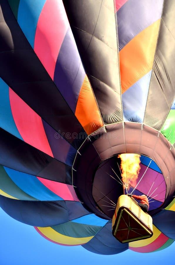 Baloons, cestas e fogo, oh meu fotografia de stock
