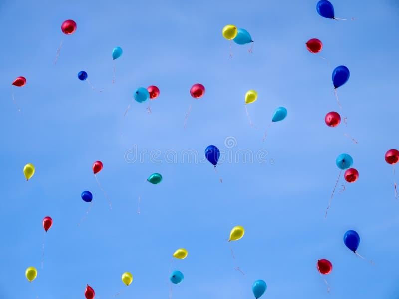 Baloons in hemel royalty-vrije stock fotografie