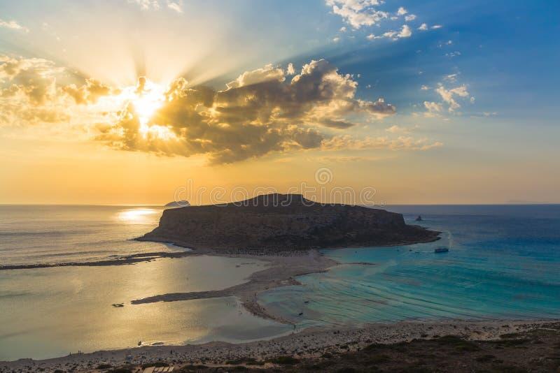 Balos海滩和盐水湖在日落,干尼亚州专区,西部克利特,希腊期间 免版税图库摄影