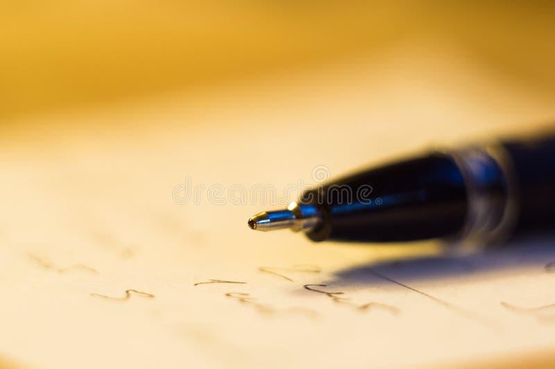 balowego punktu pióro i prześcieradło papier zdjęcie royalty free