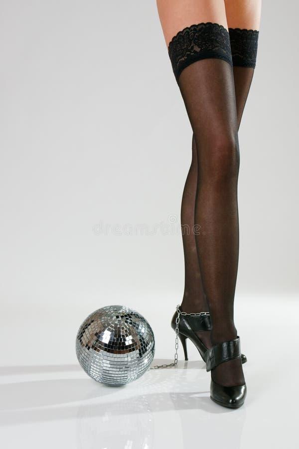 balowej dyskoteki żeńskie nogi tęsk zdjęcia stock