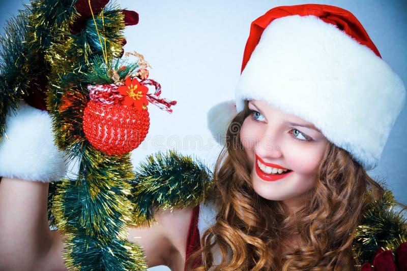 balowych bożych narodzeń kapeluszowa Santa kobieta fotografia royalty free