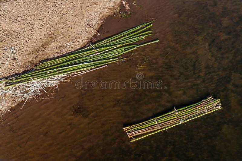 Balsa de bamb? foto de archivo libre de regalías