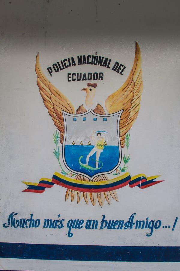 BALSA DELLA LA, ECUADOR - 14 GIUGNO 2015: Slogan ecuadoriano della polizia: Polizia nazionale dell'Ecuador Molto più appena un bu immagine stock