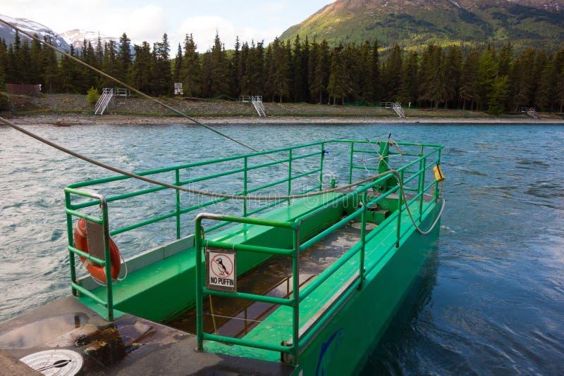 A balsa do rio do russo foto de stock royalty free
