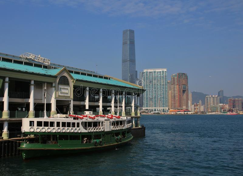 Balsa velha bonita em Hong Kong fotografia de stock