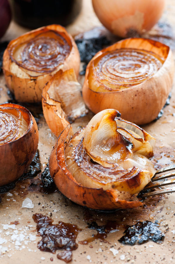 Balsamique et Olive Oil Roasted Onion image libre de droits