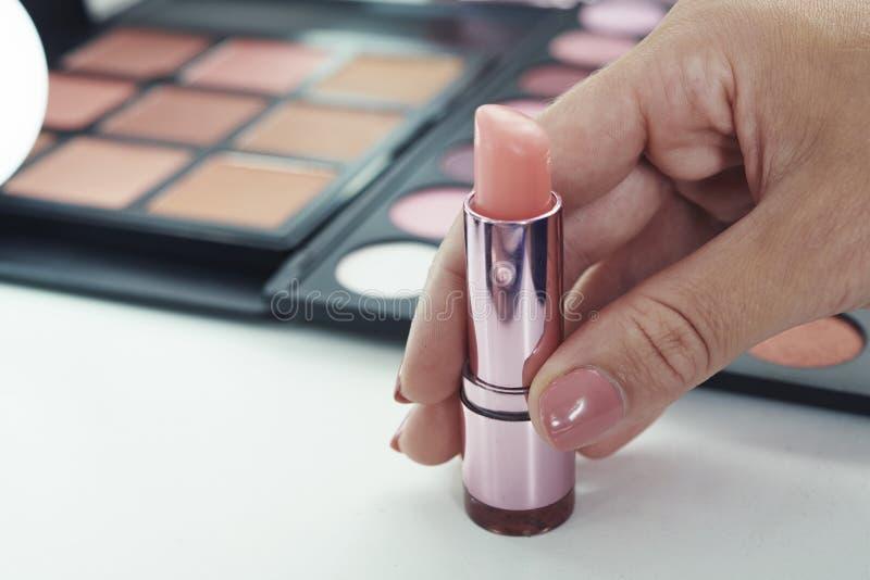 Balsamo di labbro rosa-chiaro immagini stock libere da diritti