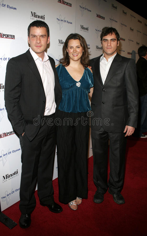 Balthazar Getty, Jennifer Howell e Joaquin Phoenix fotografia stock