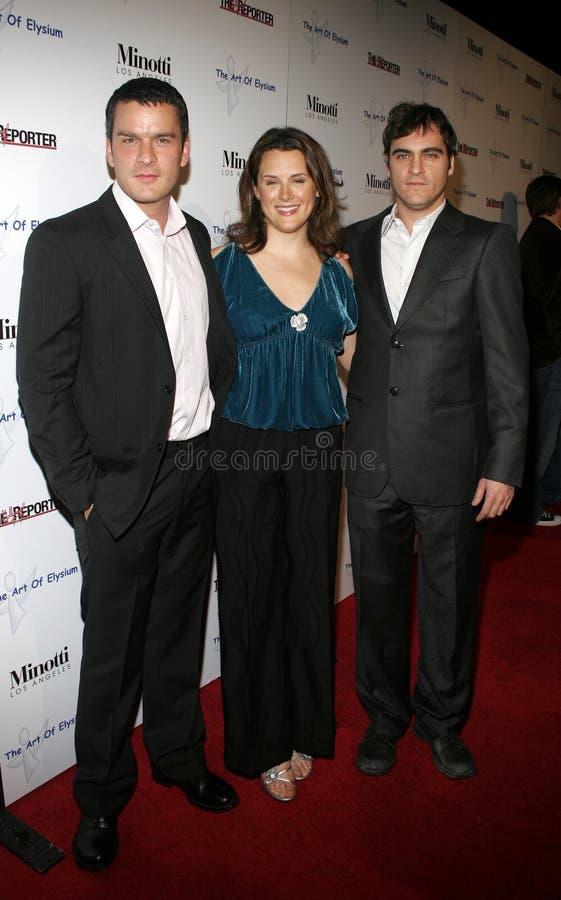Balthazar Getty, Jennifer Howell och Joaquin Phoenix arkivbild