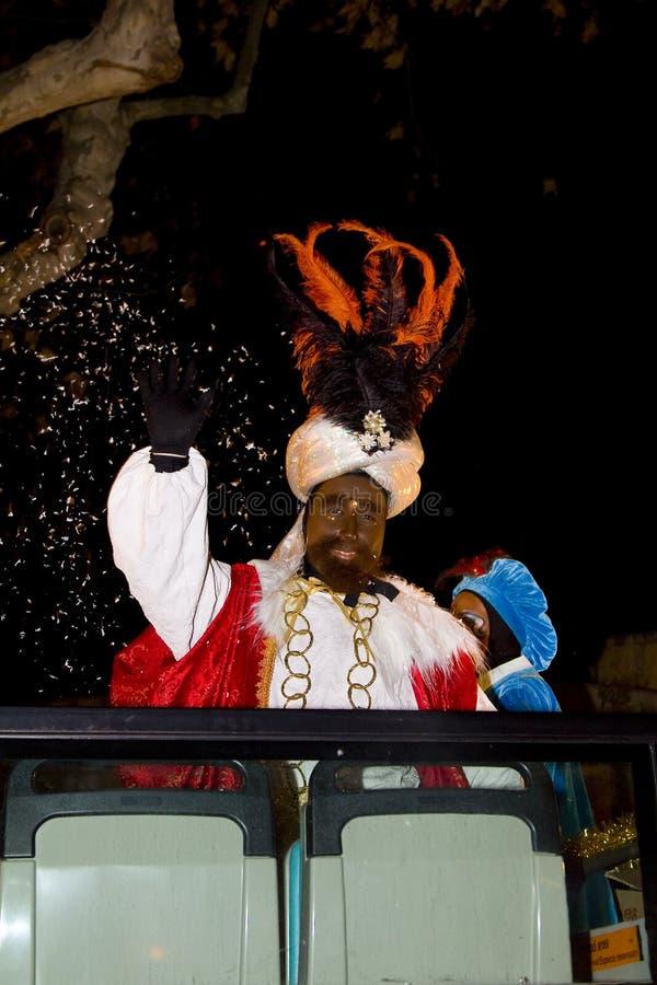 Balthazar King en el desfile bíblico de unos de los reyes magos imagen de archivo