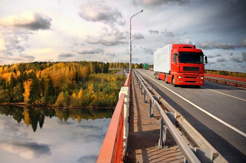 baltic bridżowy zmierzchu target538_0_ obraz royalty free